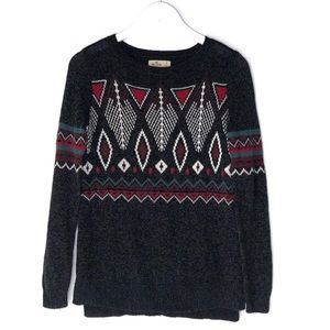 HOLLISTER. Gray Aztec/Geometric Pull Over Sweater